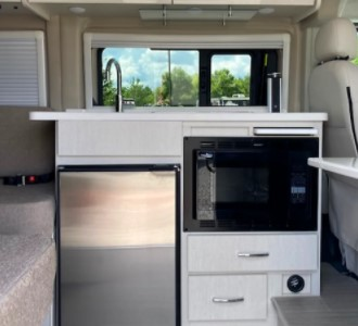Smallest Motorhome available to rent in Virginia Kitchennet